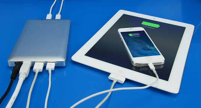 TB-DOCK-USB charger